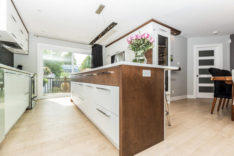 Armoire de cuisine à Lachenaie - Comptoir de quartz