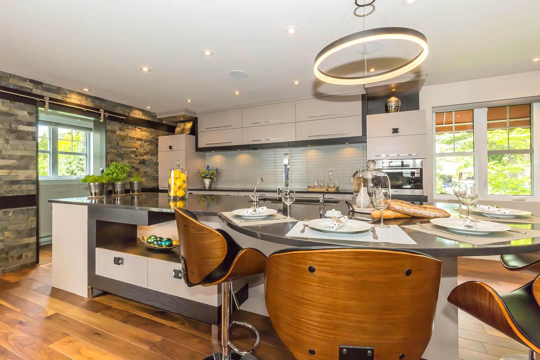 Armoire de cuisine à Lanoraie - Comptoir de quartz