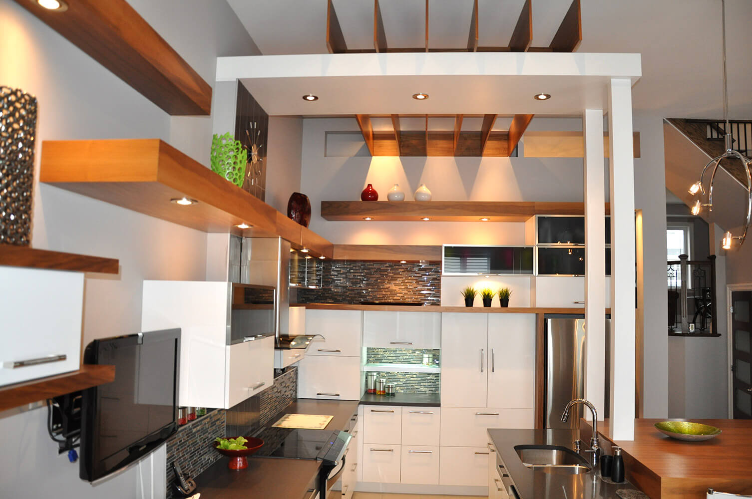 Armoire de cuisine à Lachenaie - Comptoir de granite