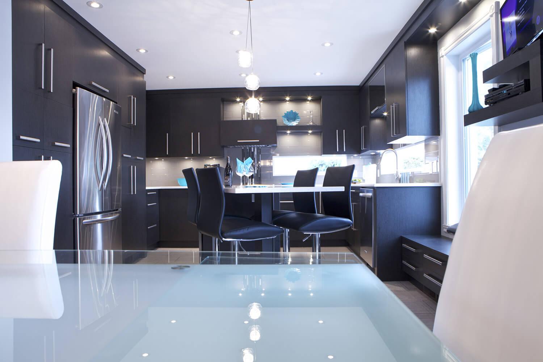 Armoire de cuisine à Repentigny - Comptoir de quartz