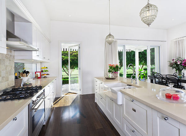 armoire de cuisine en thermoplastique monica f design. Black Bedroom Furniture Sets. Home Design Ideas