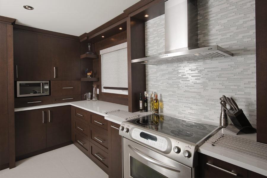 Armoire de cuisine couleur brun